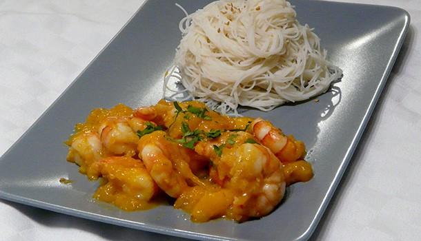 Crevettes à la mangue et vermicelles de riz