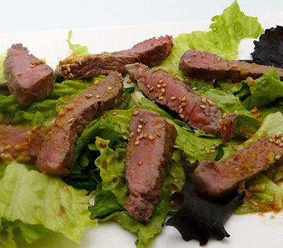 Salade de boeuf au sésame