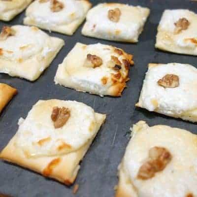 Mini pizzas chèvre miel noix