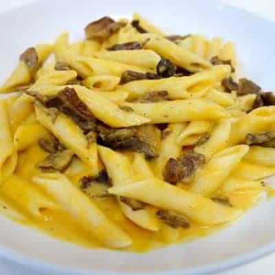 Pâtes à la crème de potiron et aux cèpes