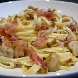 Pâtes au gorgonzola champignons et jambon