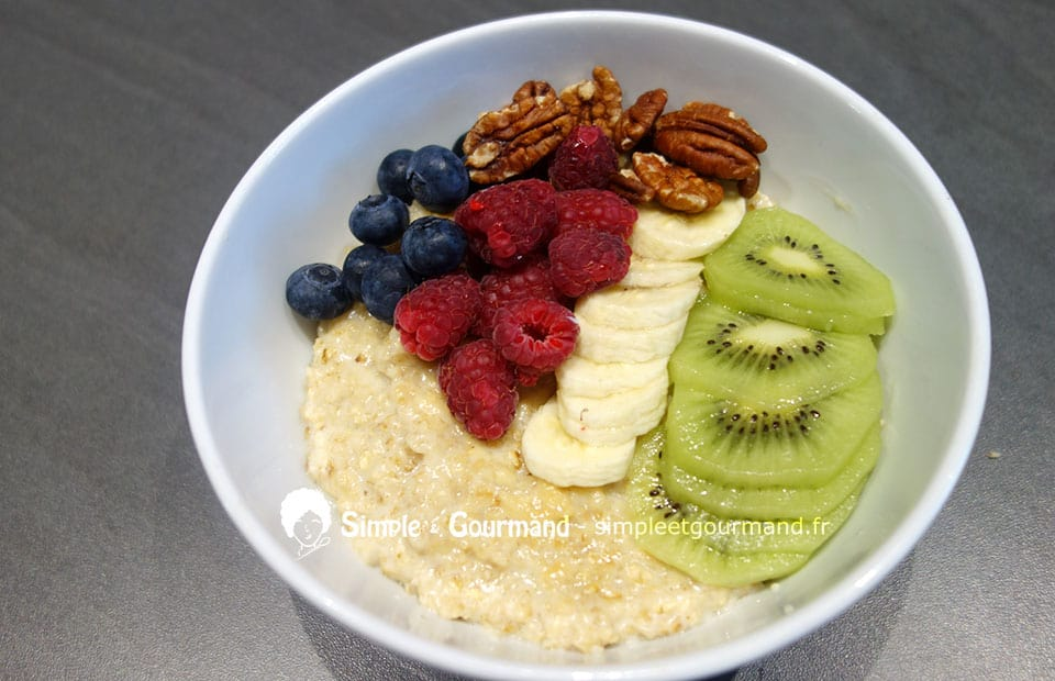 Porridge aux fruits