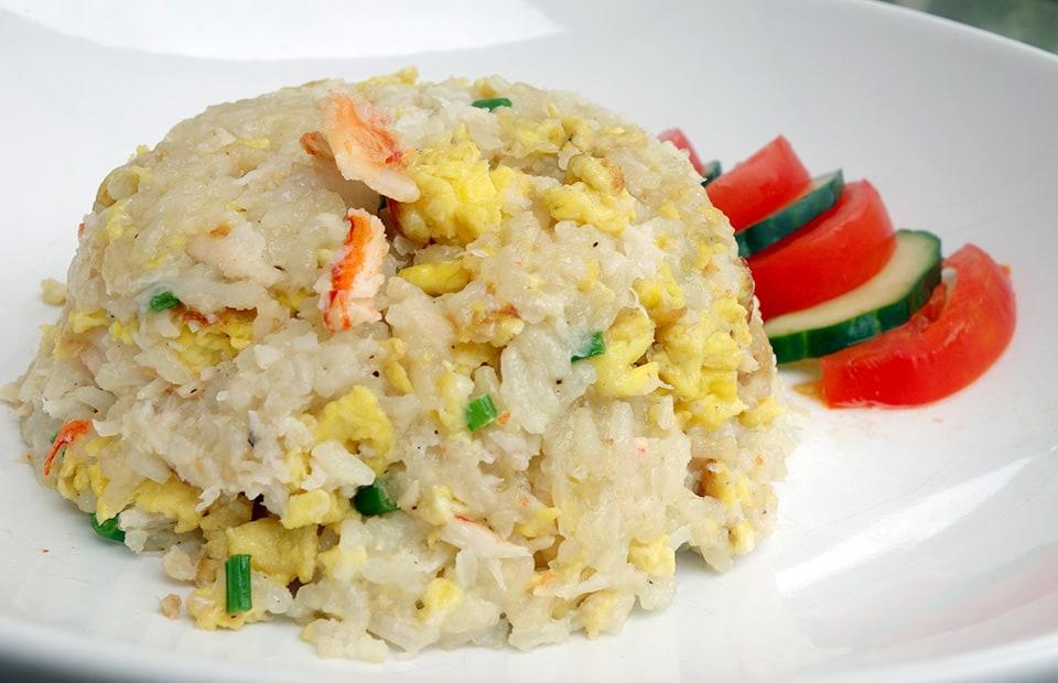 Riz sauté au crabe thaï